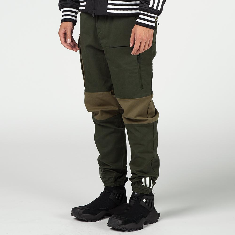 ADIDAS ORIGINALS BY WHITE MOUNTAINEERING WOVEN PANTS / NIGHT CARGO