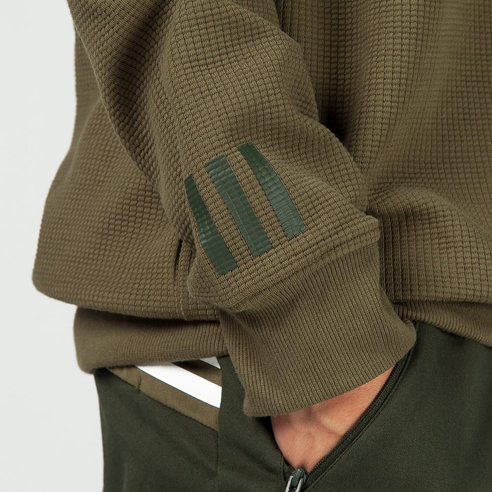 ADIDAS ORIGINALS BY WHITE MOUNTAINEERING CREW SWEAT / TRACE OLIVE