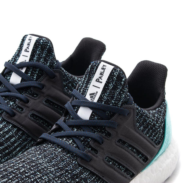 Style code CG3673. ADIDAS ULTRABOOST PARLEY / CARBON