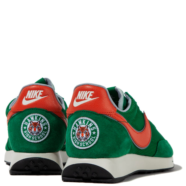 CJ6108-300 Nike x Stranger Things Hawkins High Air Tailwind 79 / Pine Green