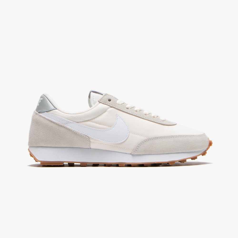 Nike Women's Daybreak / Summit White