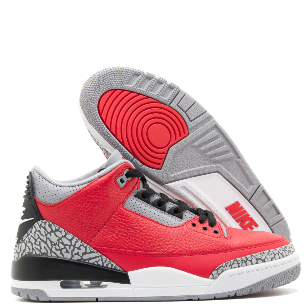 Jordan 3 Retro SE / Fire Red