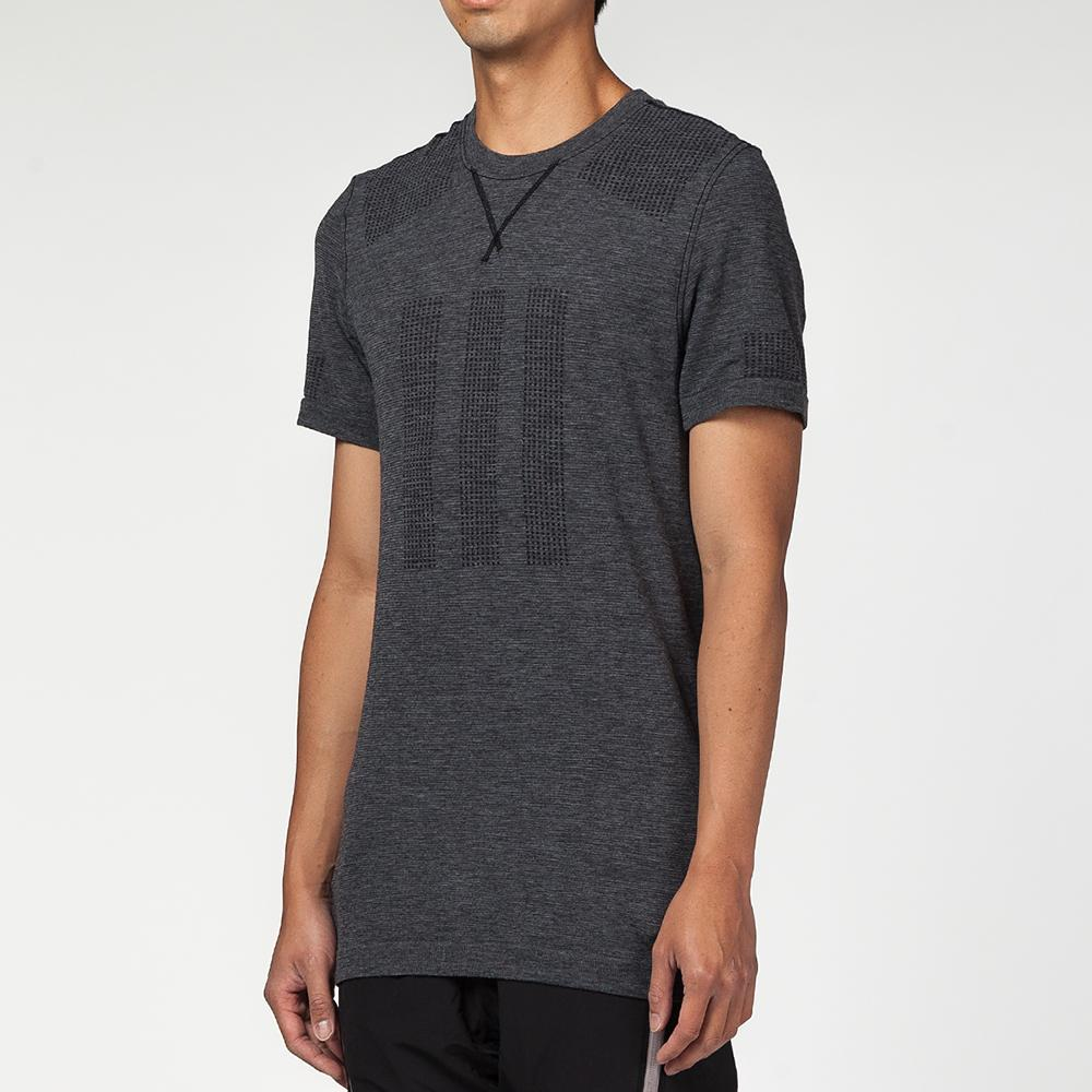 Style code CW7357. ADIDAS DAY ONE BASE LAYER T-SHIRT / BLACK