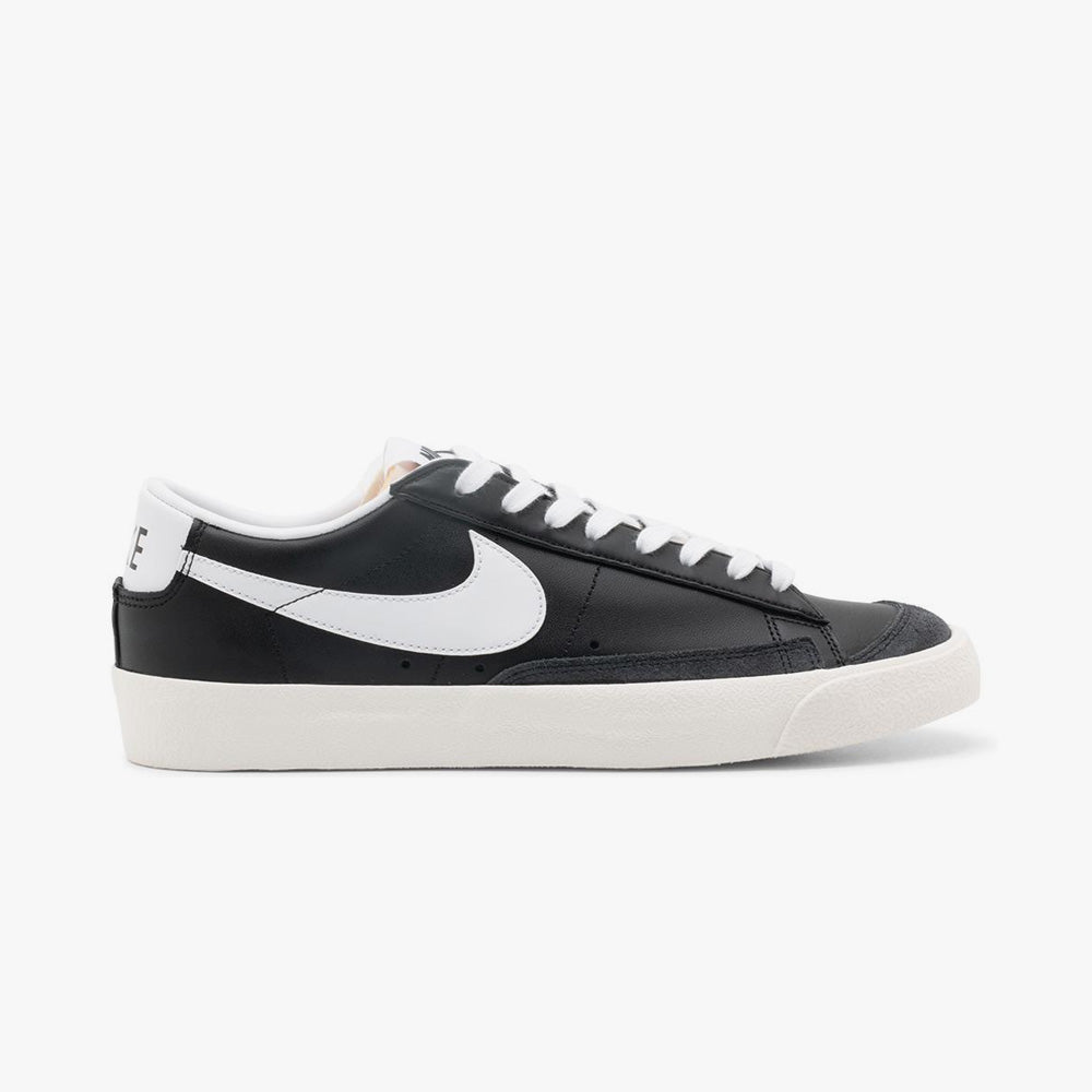 Nike Blazer Low '77 Vintage Black / White