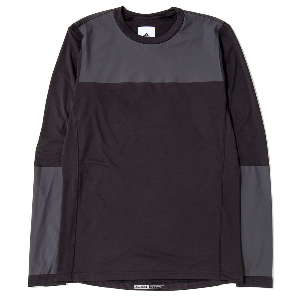 Style code DU0812. adidas by White Mountaineering Agravic Bonded Long Sleeve / Black