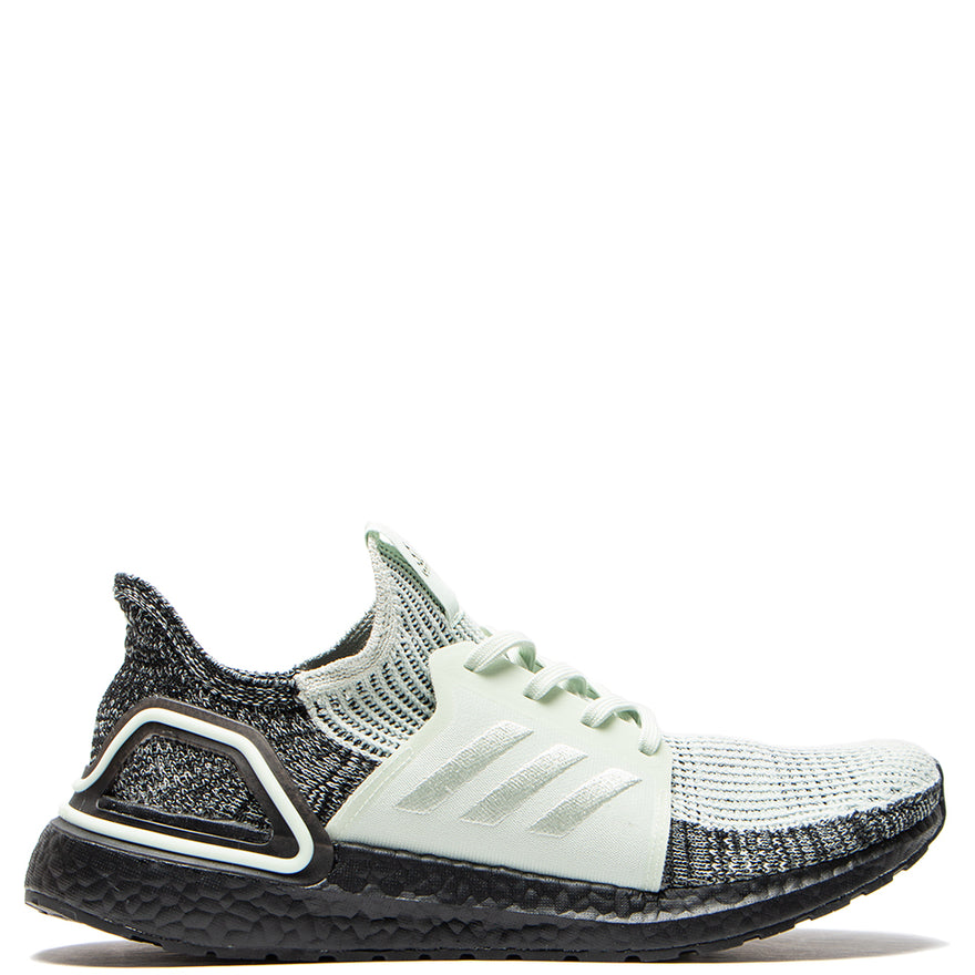 the latest 01916 dcf4b adidas Ultraboost 19 / Linen Green