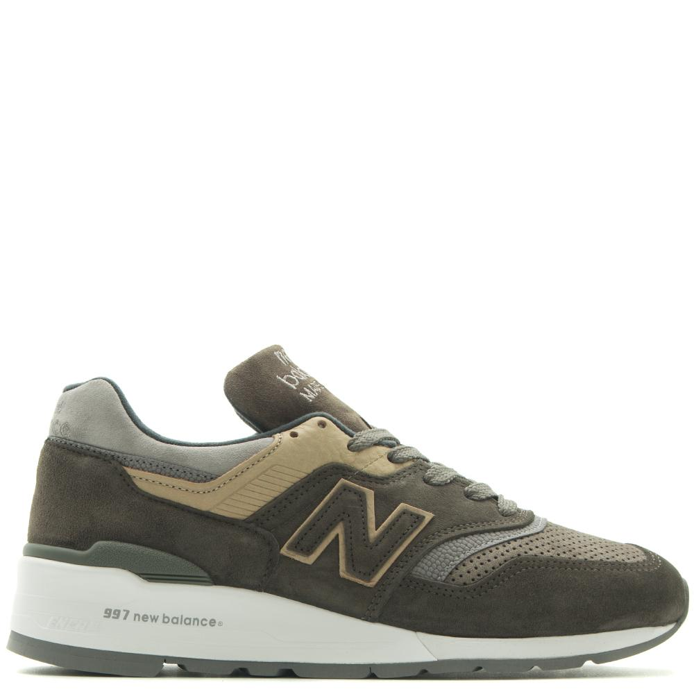 style code M997FGG. NEW BALANCE M997FGG MADE IN THE USA GREY / GREEN