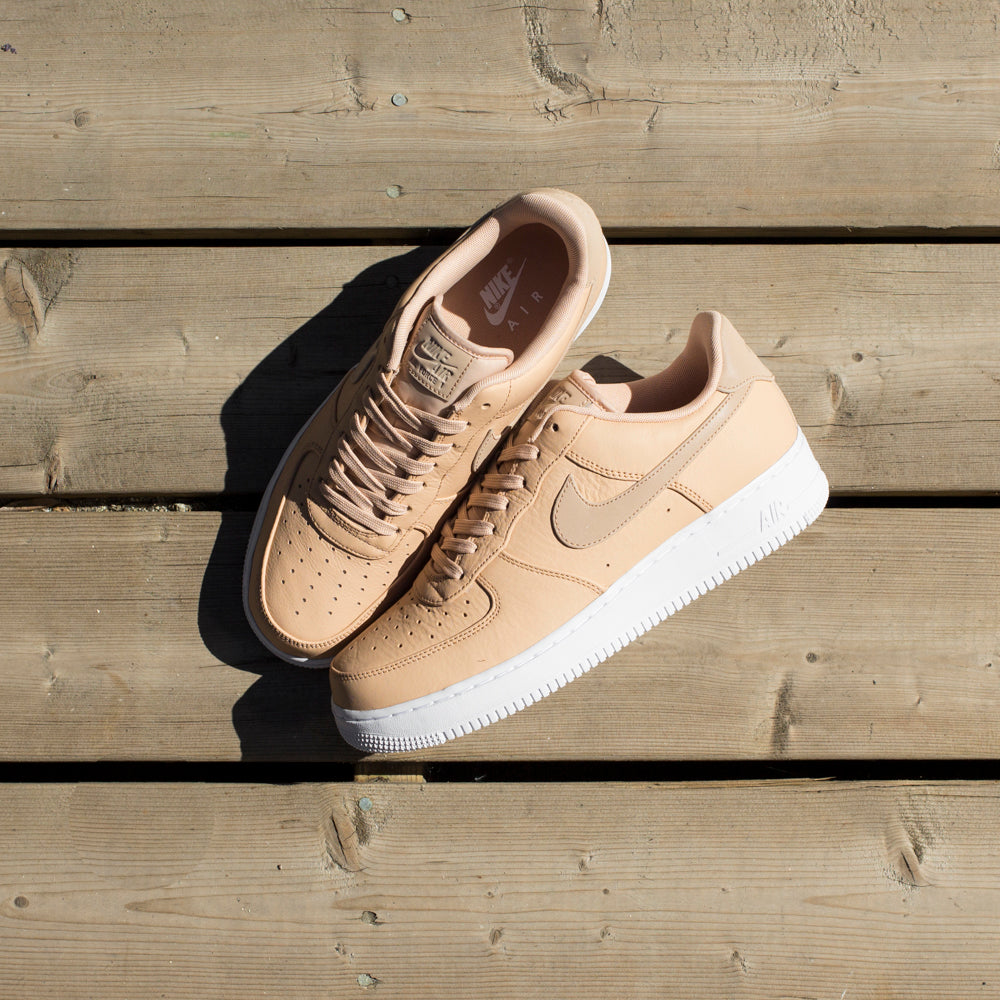 NIKE AIR FORCE 1 '07 PREMIUM / VACHETTA TAN