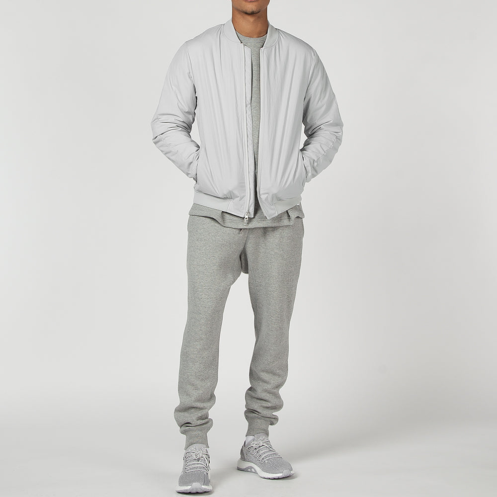 REIGNING CHAMP INSULATED STRETCH NYLON BOMBER JACKET / SKY GREY