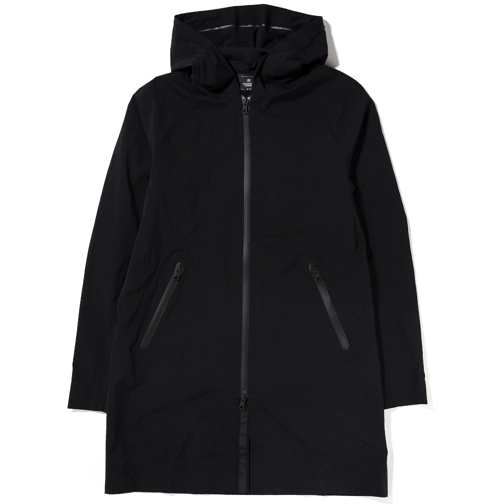 Style code RC4109S18. REIGNING CHAMP SIDELINE STRETCH NYLON JACKET N279 / BLACK