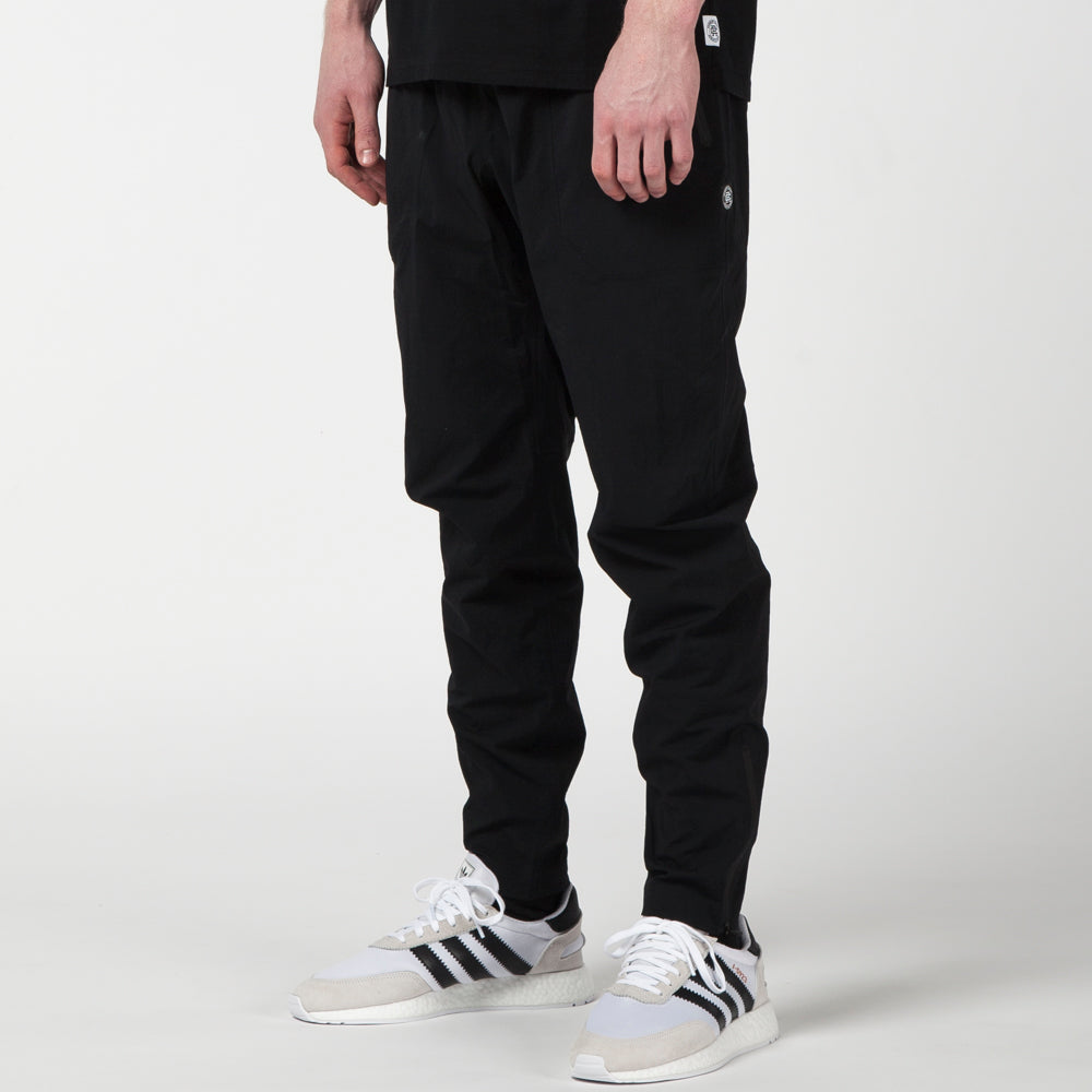 REIGNING CHAMP STRETCH NYLON PANT N279 / BLACK