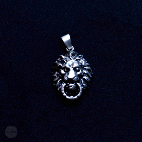 LE LION PENDANT (MATTE FINISH)