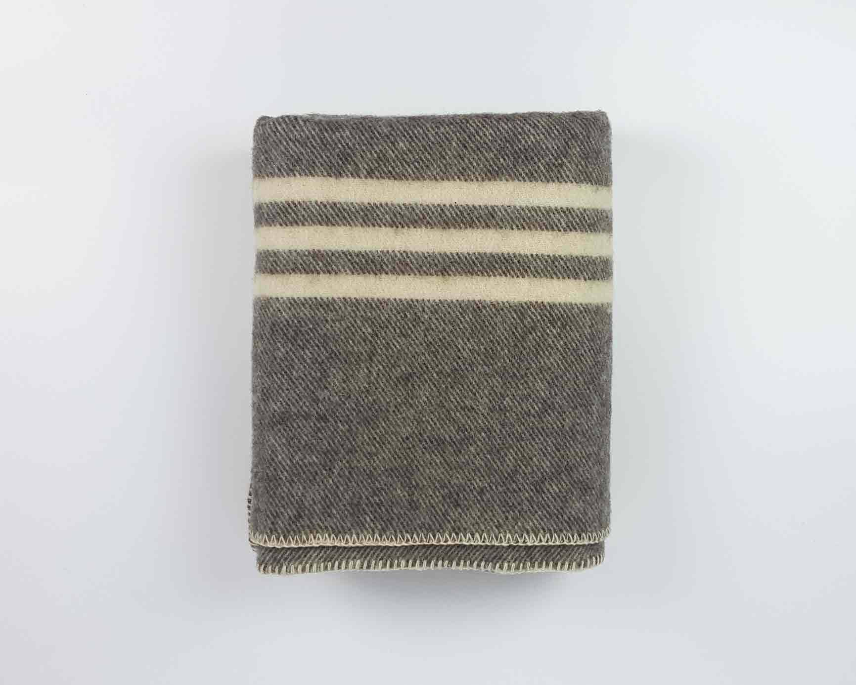 Wool Blanket | Soft Brown - www.kanahta.com - 1