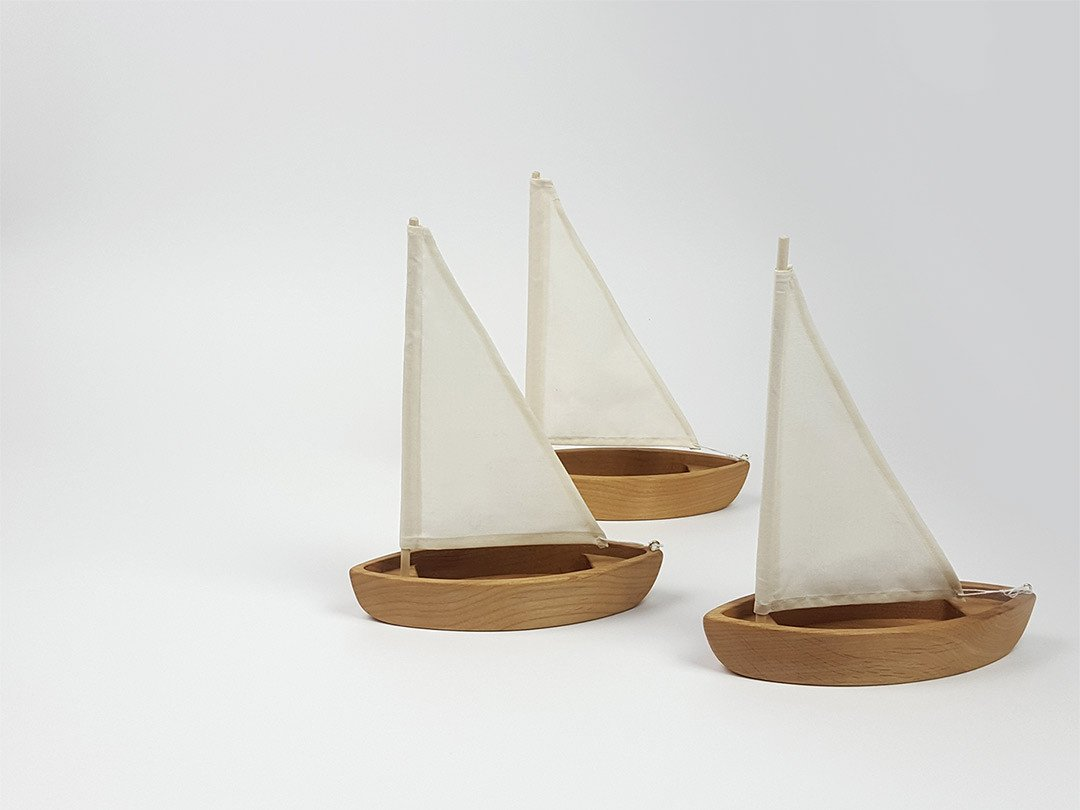 Wooden Sailboats - www.kanahta.com - 1