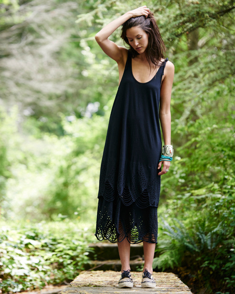 Echo Cut Out Maxi Dress in Black