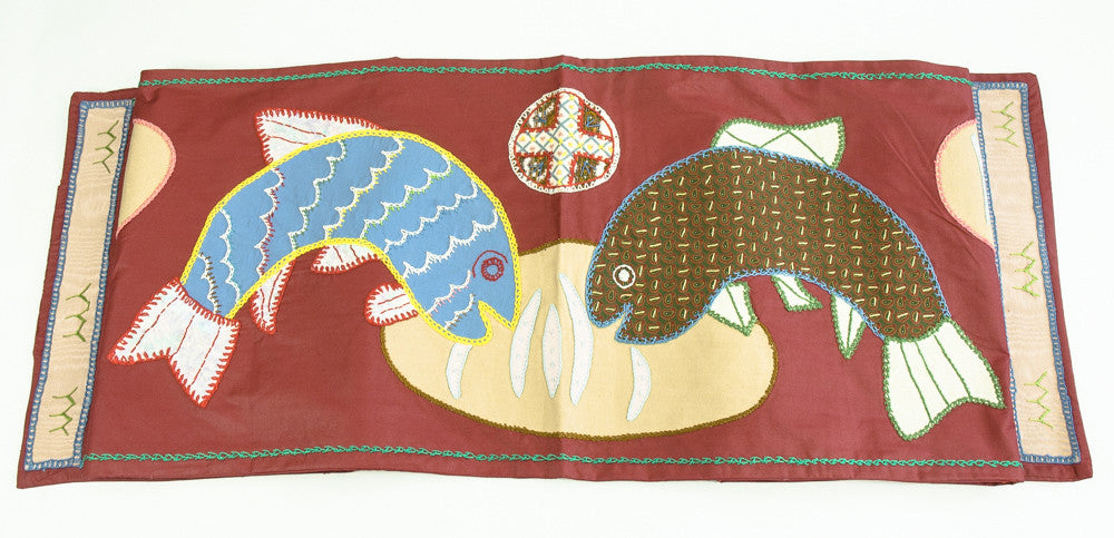 Pan y Pescado Design Embroidered Table Runner on Red