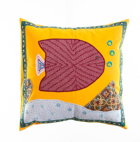 Pescado Design Embroidered Pillow on Gold