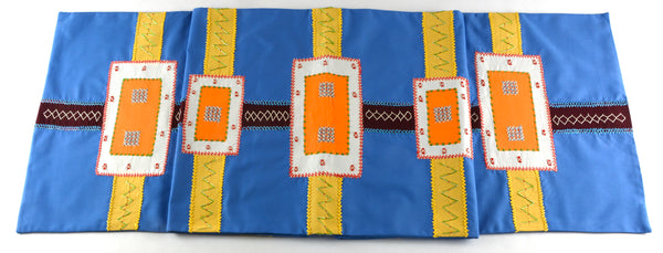 Cinturón Design Embroidered Table Runner on French blue
