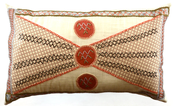 Corbatín Design Embroidered Pillow on beige