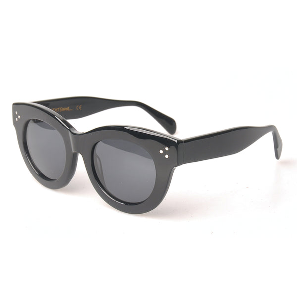 Not Yet Famous Sunglasses <p>Audrey Black