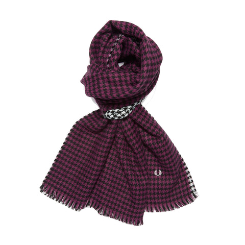 Fred Perry Houndstooth Scarf<p>Black/Bramble