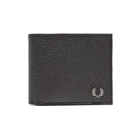 Fred Perry Scotch Grain Billfold Wallet<p>Black