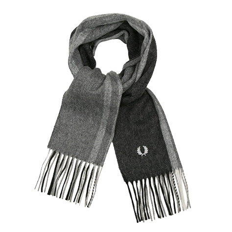 Fred Perry Tipped Woven Scarf<p>Black/Snow/Steel Marl