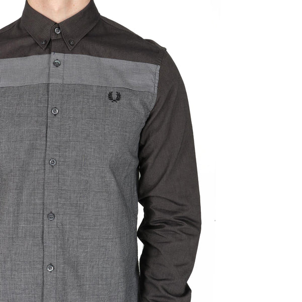 Fred Perry Mix Panel Shirt<p>Black