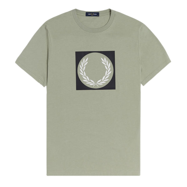Fred Perry Laurel Wreath Graphic T-Shirt<p> Seagrass