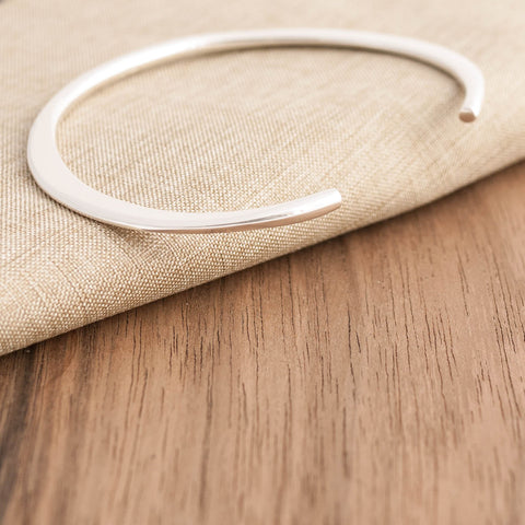 Sterling Silver Slim Torque Bangle
