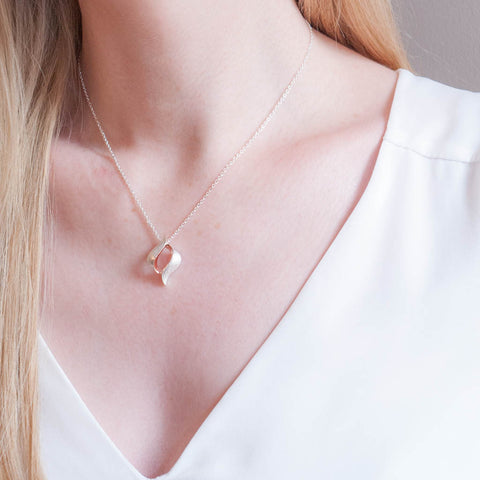 Livia Sterling Silver and Rose Gold Pendant Leaf Necklace