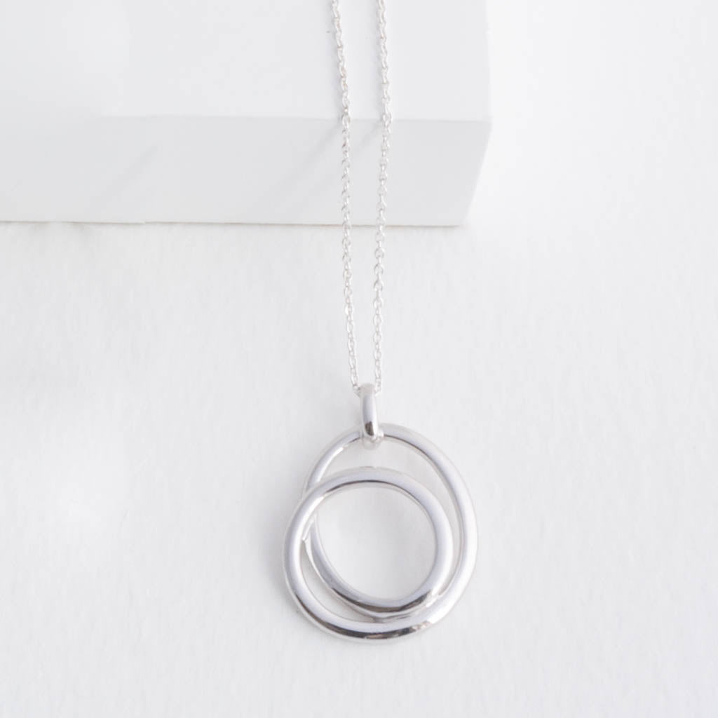 Harlow Sterling Silver Intertwined Circles Pendant Necklace