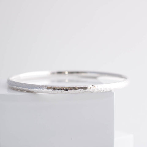Erin Sterling Silver Classic Hammered Bangle