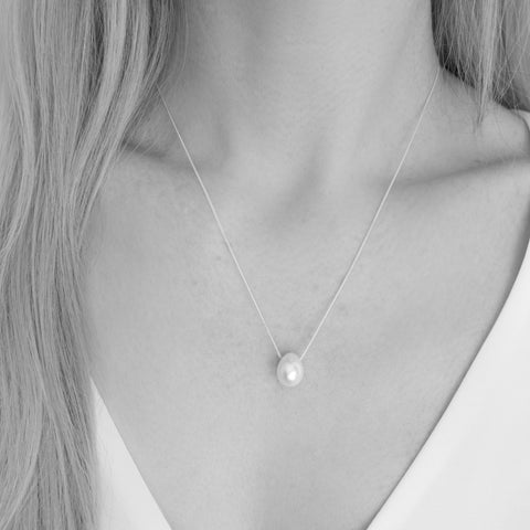 Avery Teardrop Freshwater White Pearl Necklace
