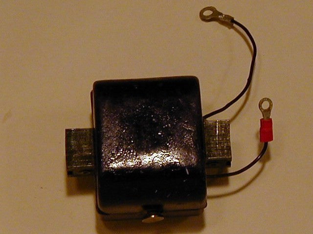 580243 - Ignition coil, Johnson Evinrude V4 magneto igntion engines 1965 and prior (see more)
