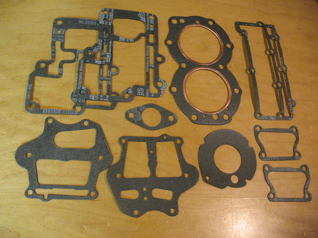 JEK006 - Johnson/Evinrude Gasket Kit 7.5 hp / 1954-58 (head gasket included)