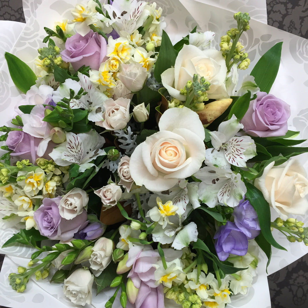 soft purple, cream, green mix flowers - flower delivery Wellington - florist in Wellington NZ