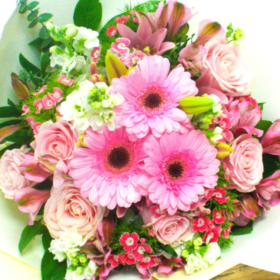 Pink mix flowers bouquet delivery florists wellington nz flower soft pink mix of flowers flowers bouquet wellington nz flower shop florist wellington nz izmirmasajfo