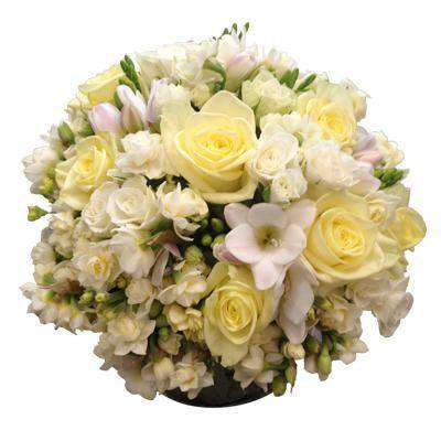 Soft yellows, white flowers - Flowers Bouquet Wellington NZ - Flower Shop Florist Wellington NZ