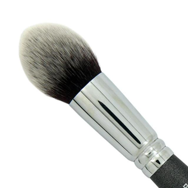 Designer makeup tools - vegan pointed powder brush