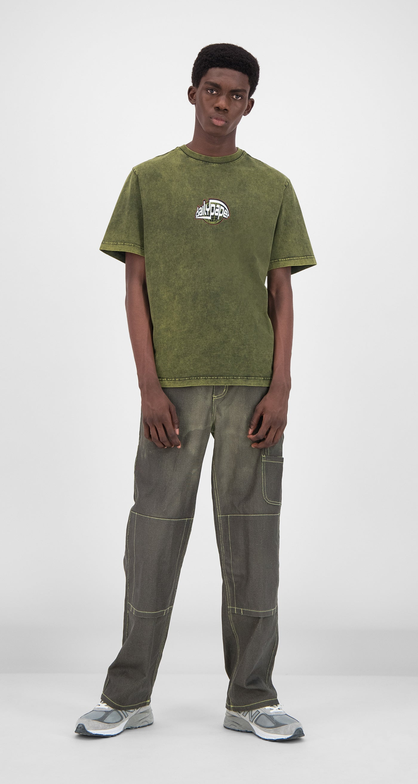Daily Paper - Acid Macaw Green Gusul T-Shirt Men Front