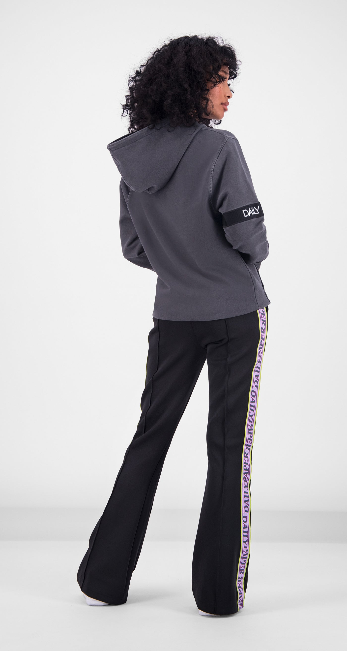 Daily Paper - Anthracite Washed Captain Hoody Women Rear