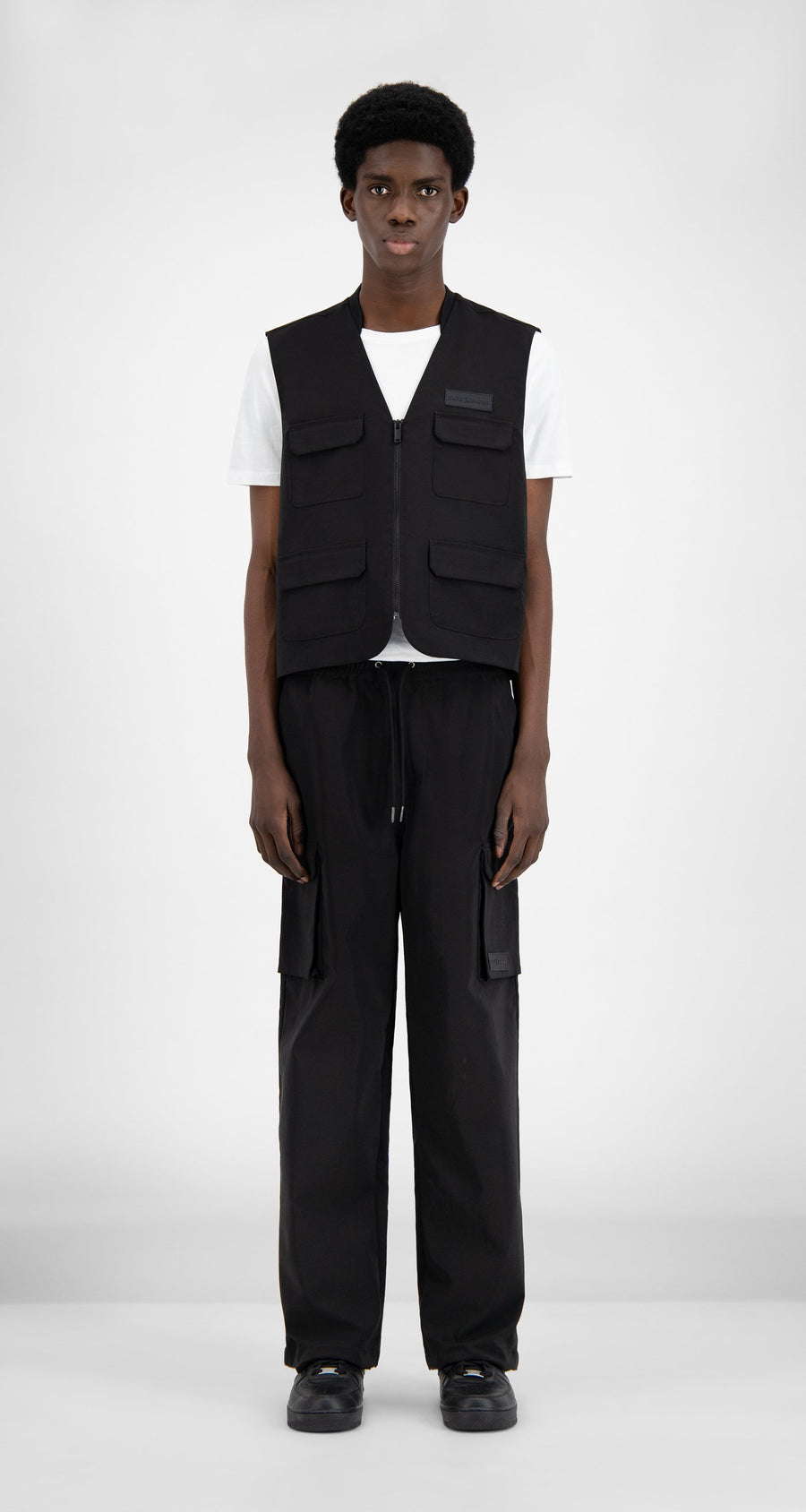 Daily Paper - Black Recargo Vest - Men Front