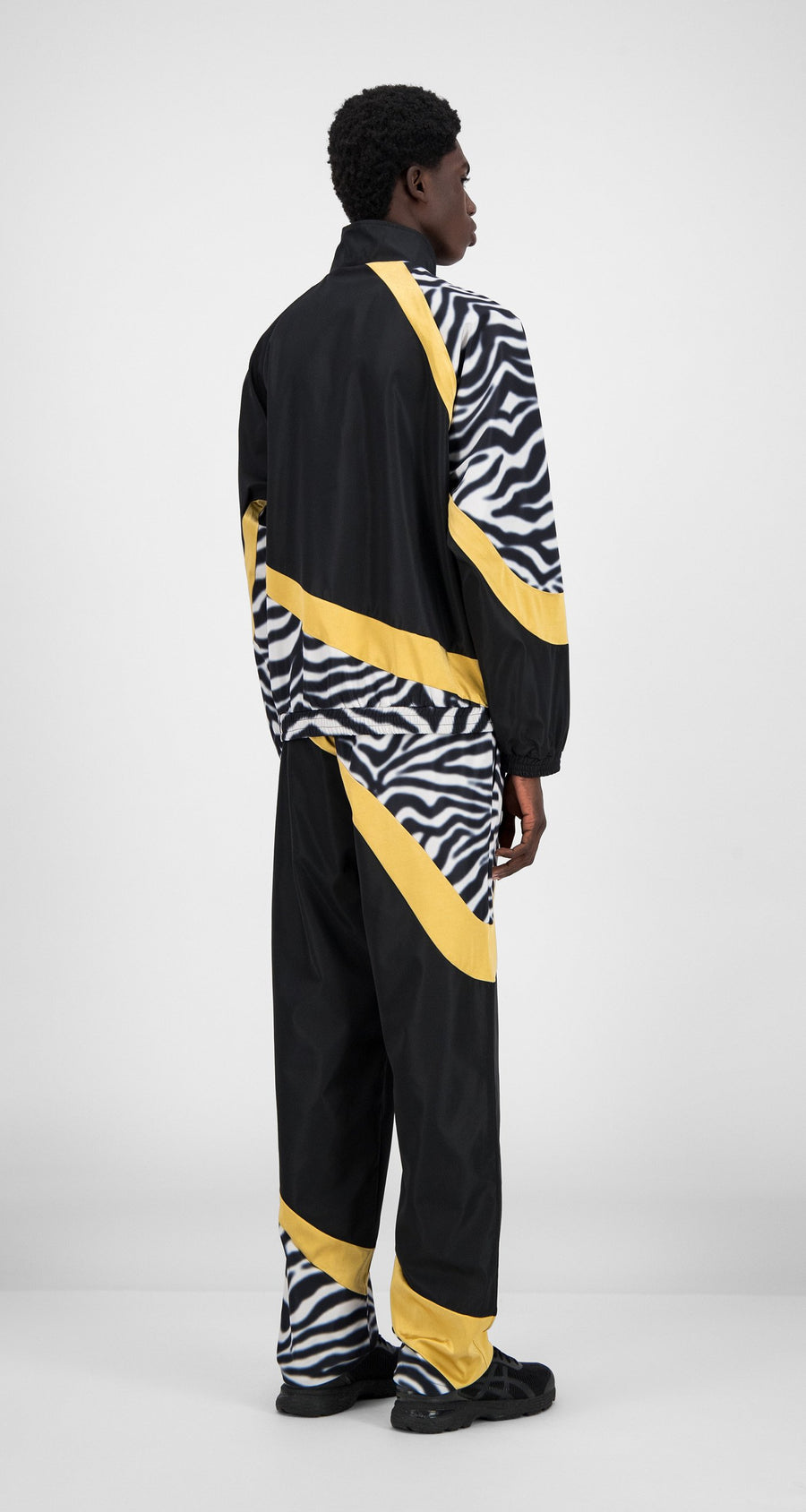 Daily Paper - Black Zebra Gold Hasoh Top - Men Rear