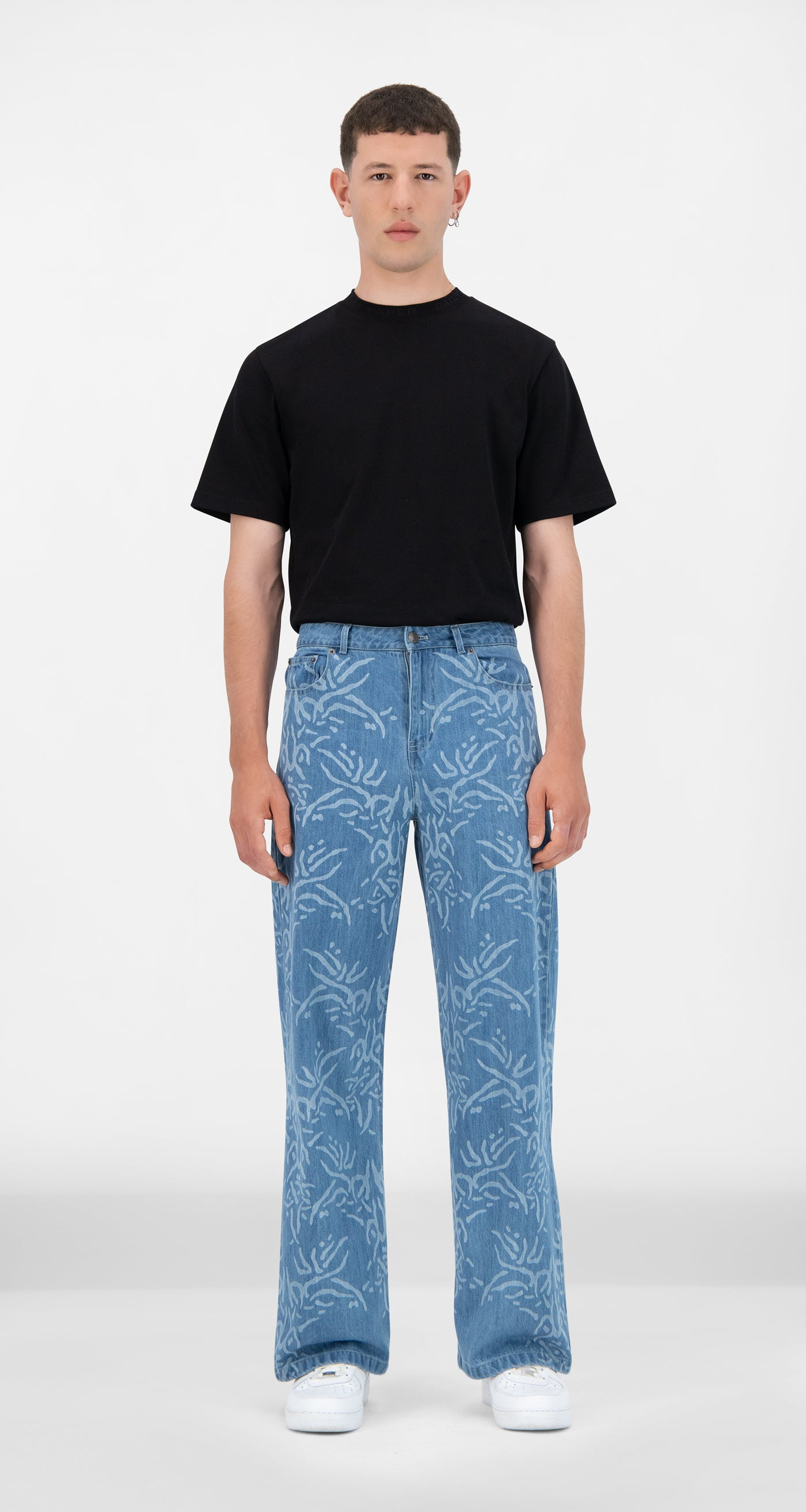 Daily Paper - Light Lazered Denim Jangel Pants - Men Front