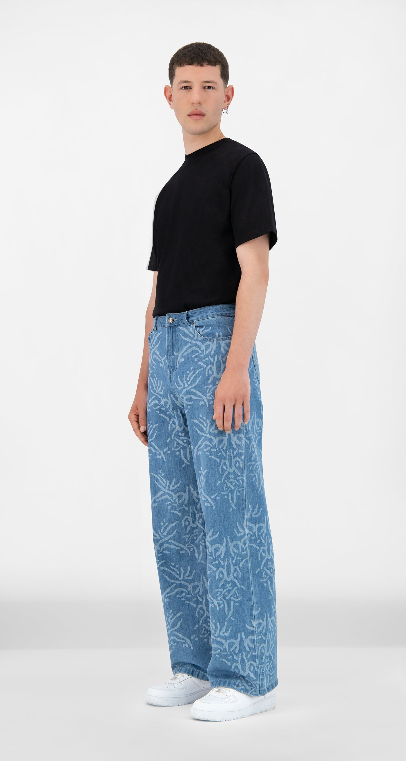 Daily Paper - Light Lazered Denim Jangel Pants - Men