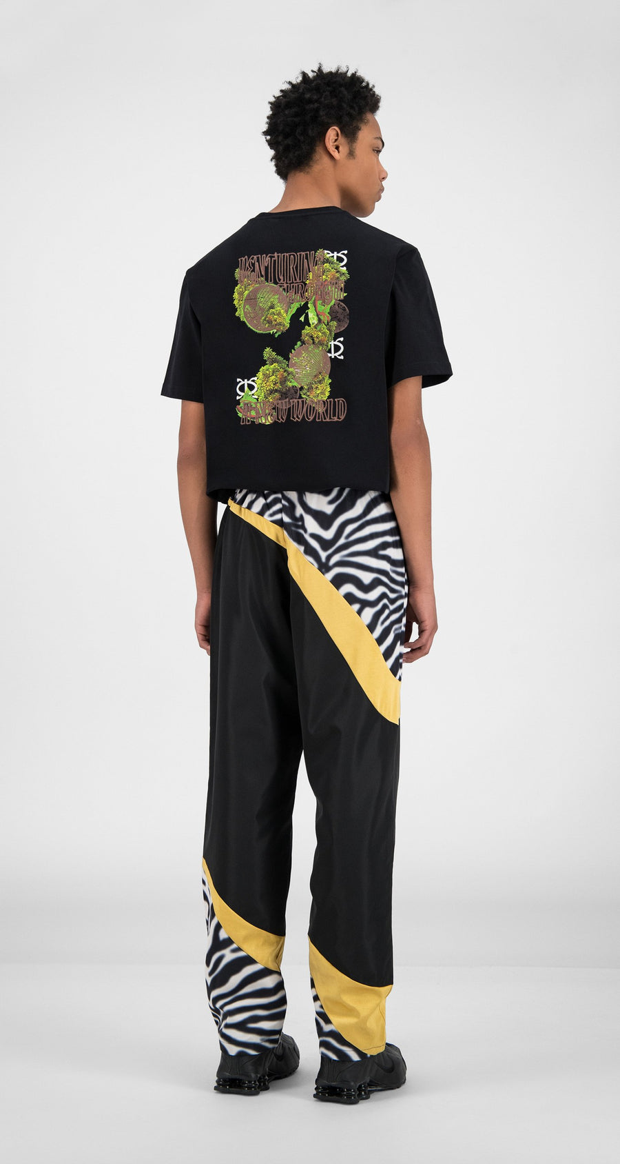 Daily Paper - Black Zebra Gold Huko Pants - Men Rear