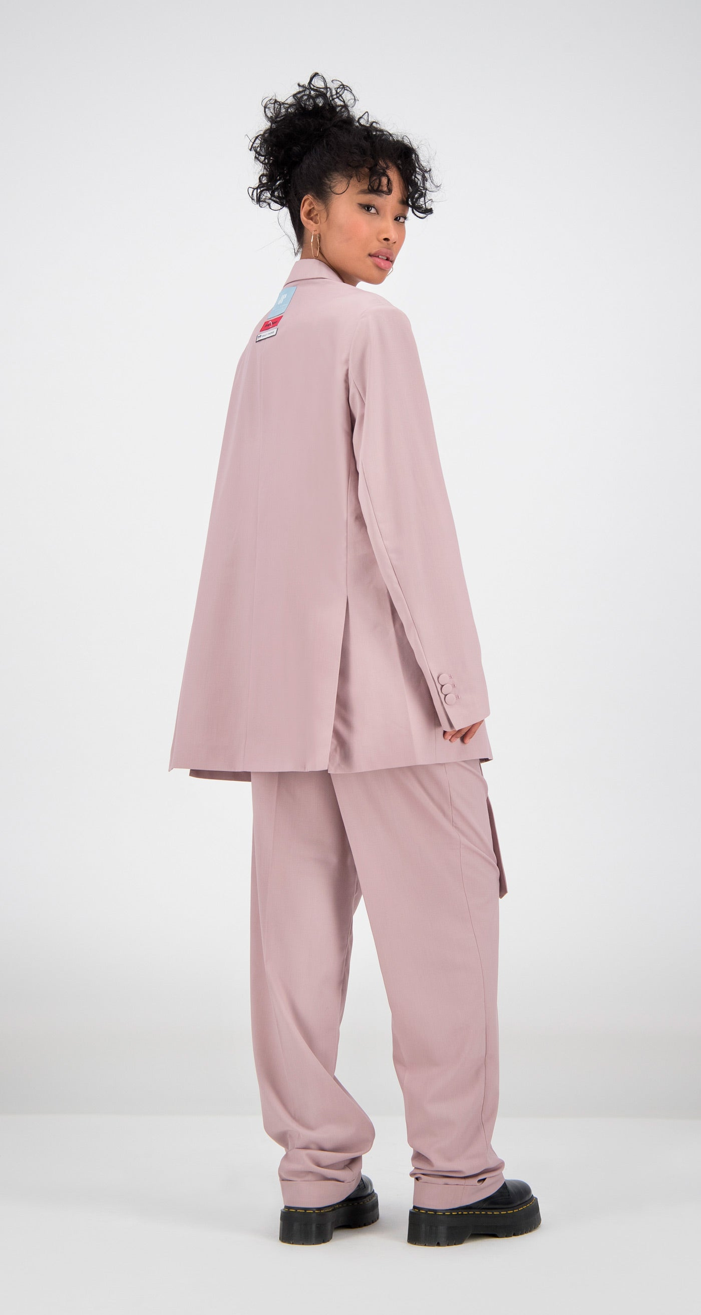 Daily Paper - Old Pink Oversized Fecker Blazer Women Rear