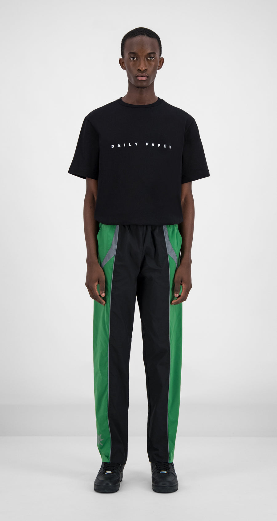 Daily Paper - Daily Paper x STARBOY Green Guka Pants Men Front