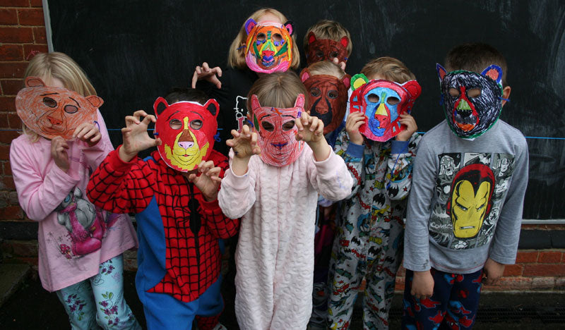 Children in Need bear masks – Miles Kelly